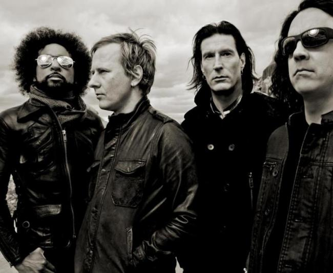alice-in-chains-2013